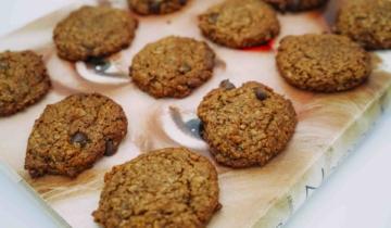 Almond Butter Oat Cookies