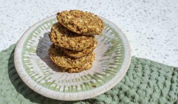 Slow Oat Maple Cookies